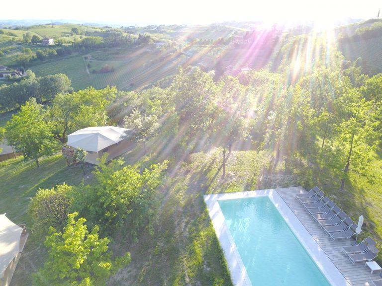 Tenuta il Castelletto | Zwembad tegenlicht |drone